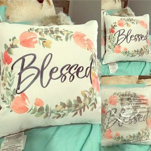 Other - Rustic floral accent pillow